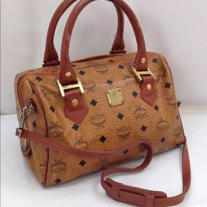 Auth MCM Boston Bag Two-Way Handbag in GUC!! 😍